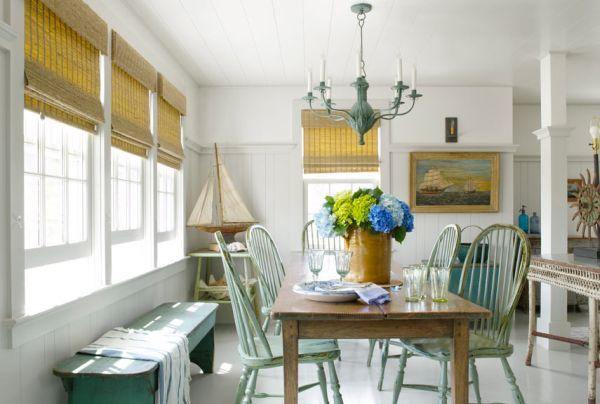Há muitas e lindas ideias para decorar sala de jantar, por isso escolha a que mais se adequar ao seu bolso e à sua personalidade (Foto: countryliving.com)