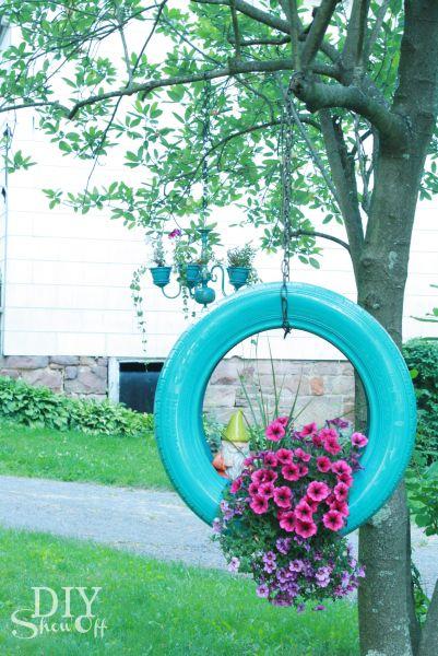 Decorando jardim com pneu velho você também economiza (Foto: diyshowoff.com)