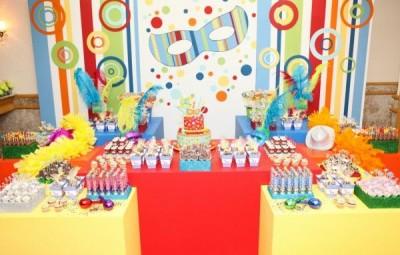 A decoração de carnaval para festa é animada e todos adoram (Foto: pinterest.com)
