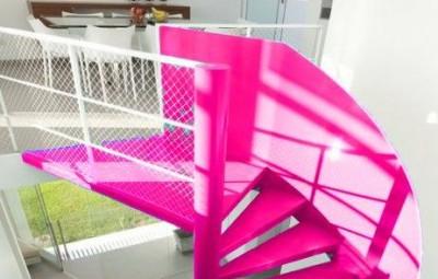 10 Ideias de Decoração para Escadas Internas