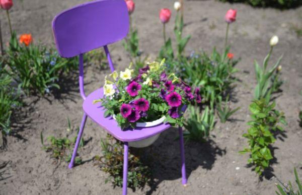 Cadeira para Decoração de Jardim