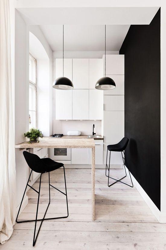 Cozinha Pequena com Mesa