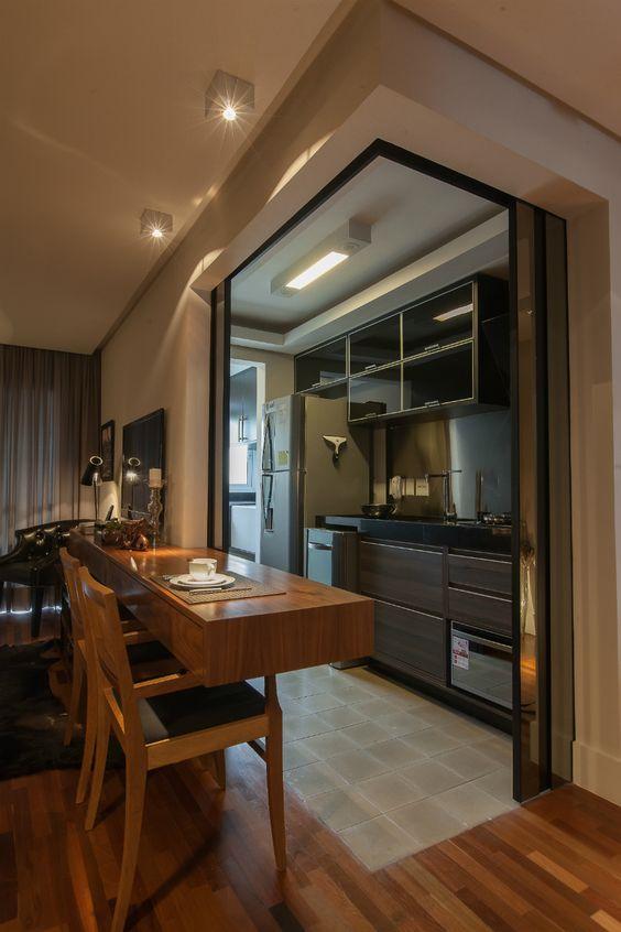 Modelos de Decoração de Cozinha Pequena com Mesa