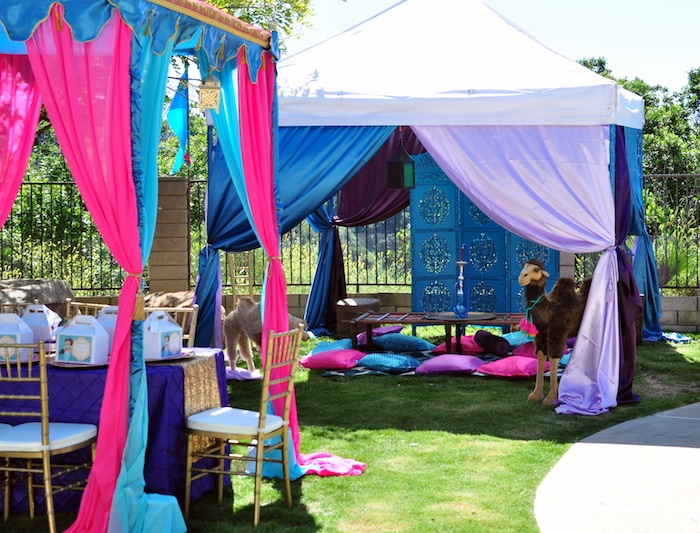tenda na decoração de festa