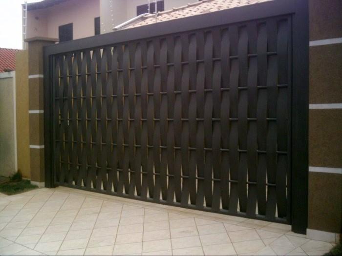 fotos de portão de madeira