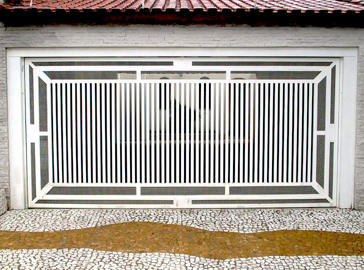 portão residencial com grades horizontais