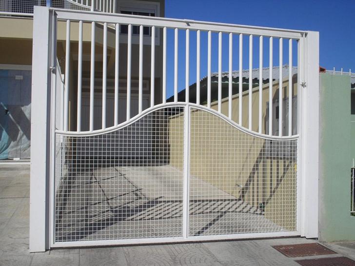 portão residencial aberto