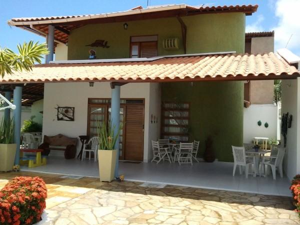projetos de fachadas de casas simples com varanda