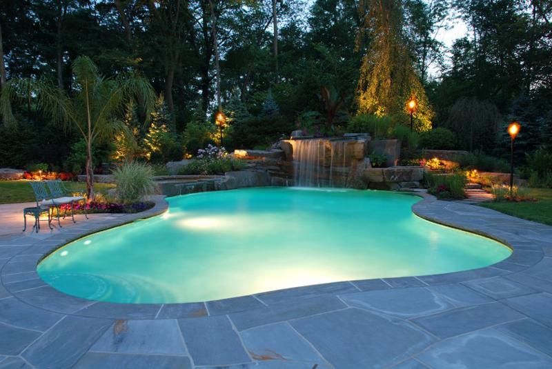 piscina assimétrica
