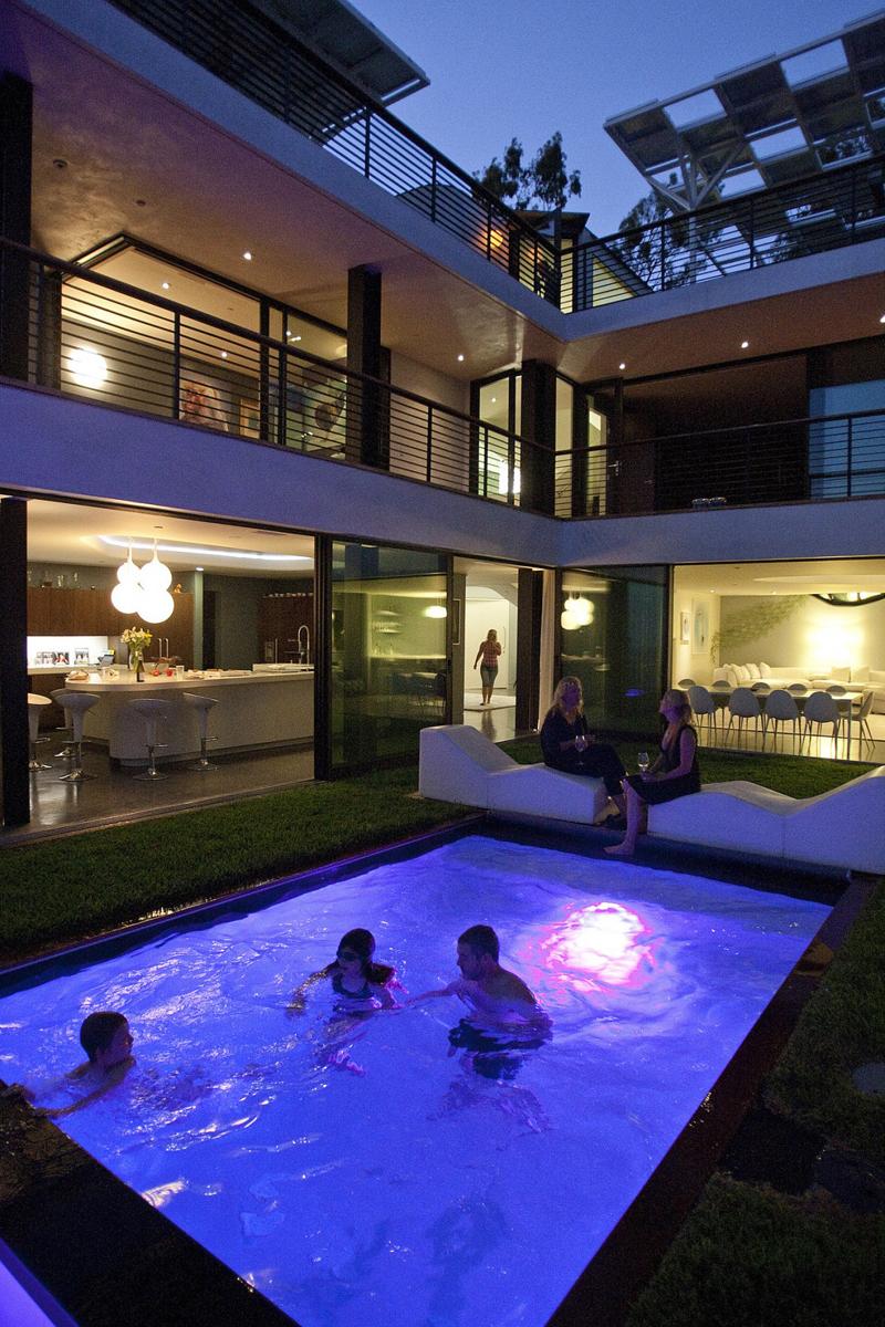 Decora o e projetos 30 modelos de piscinas modernas para for Piscinas modernas pequenas