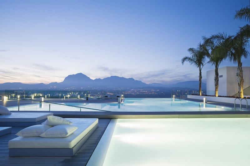 piscinas duplas