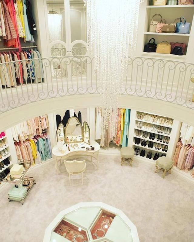 closet com 2 andares