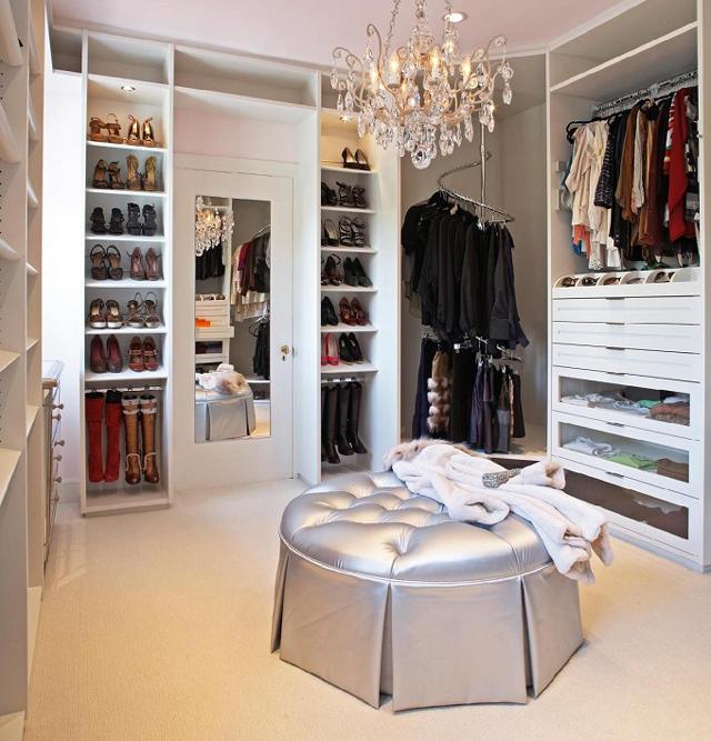 closet com pufe