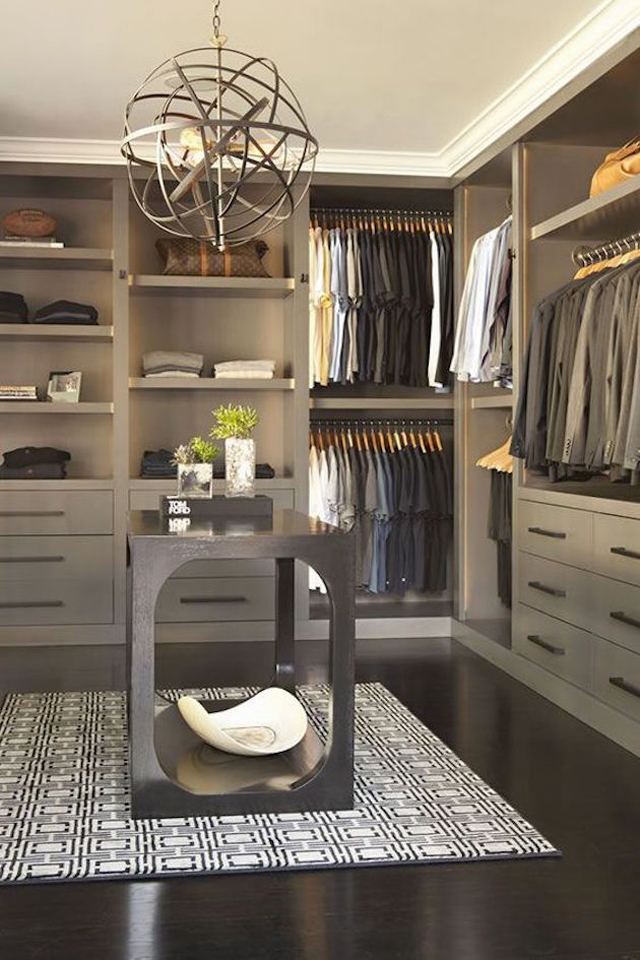 closet cinza