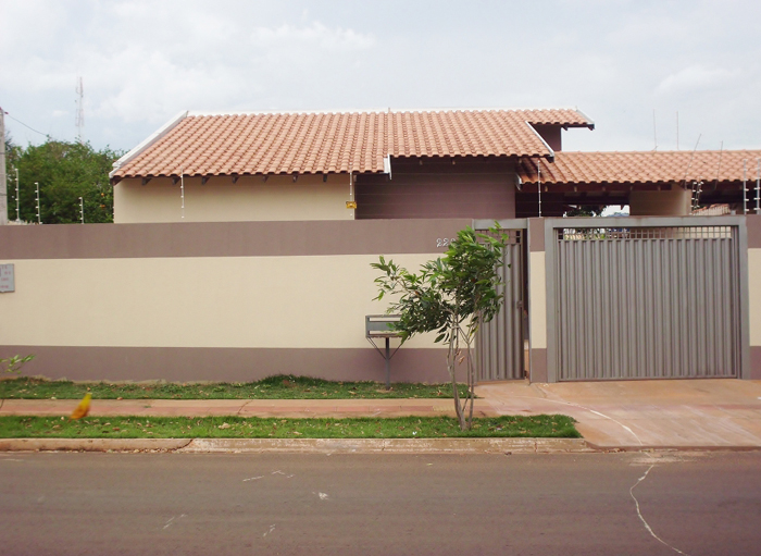 muro de residência bege