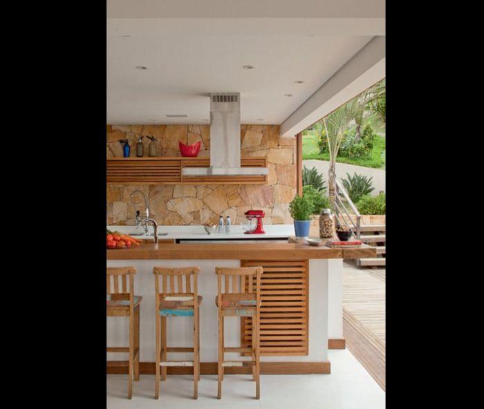 varanda rústica gourmet com pedras