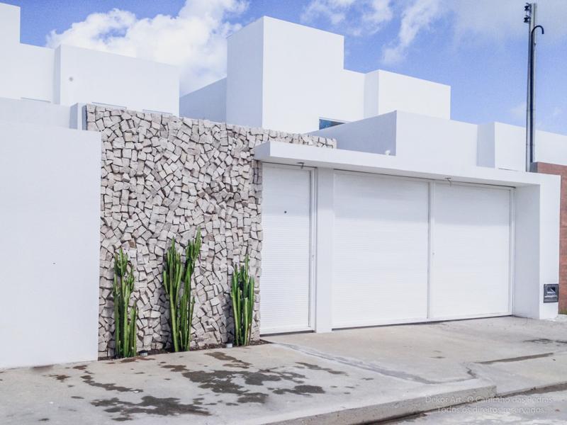 muro de residência com canjiquinha