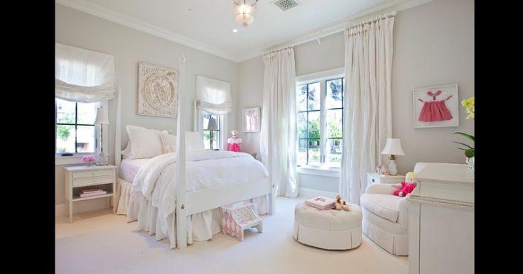 quarto de menina branco