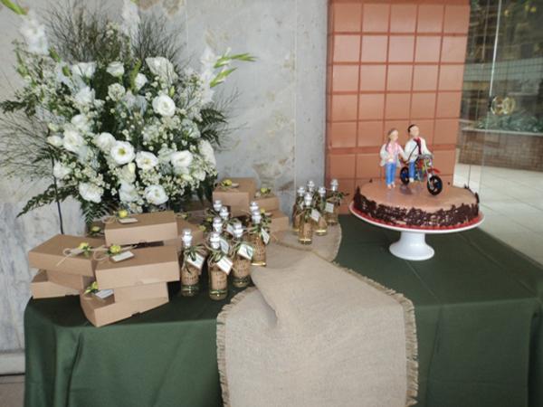 decoração com juta no casamento