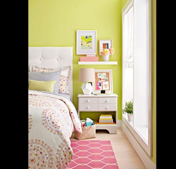 prateleira de quarto pequena