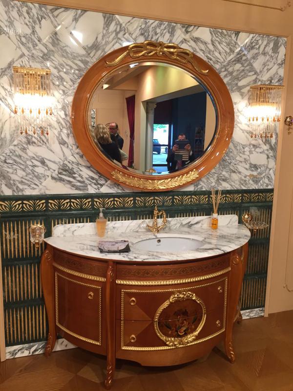 espelho de banheiro vintage