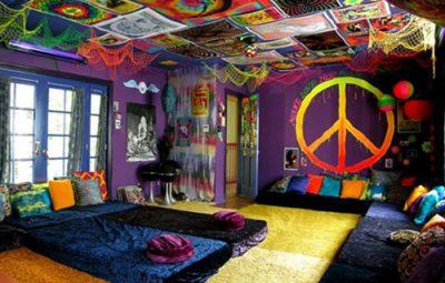 quarto hippie paz e amor