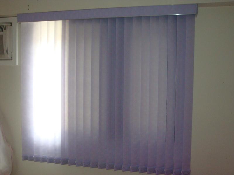 persiana de quarto lilas