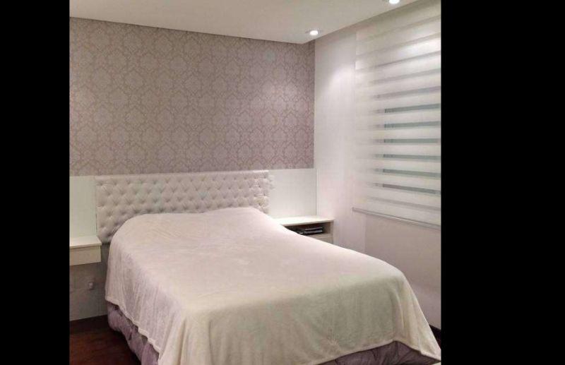 persiana de quarto pequena