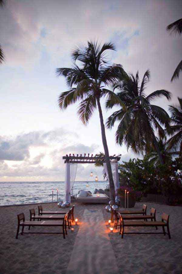 Casamento a beira mar com bela paisagem