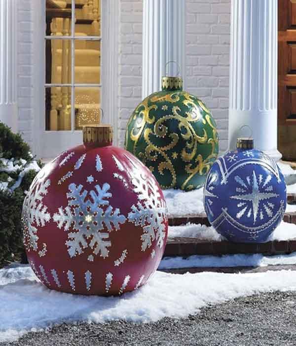 Decoração natalina bolas de jardim