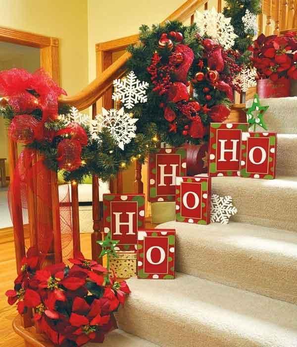 Decoração natalina para salas com escada