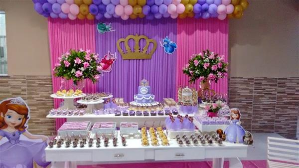 cortina decoração rosa e lilas