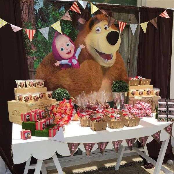 decoração masha e o urso simples