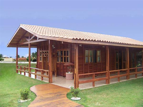 casas de madeira com varanda