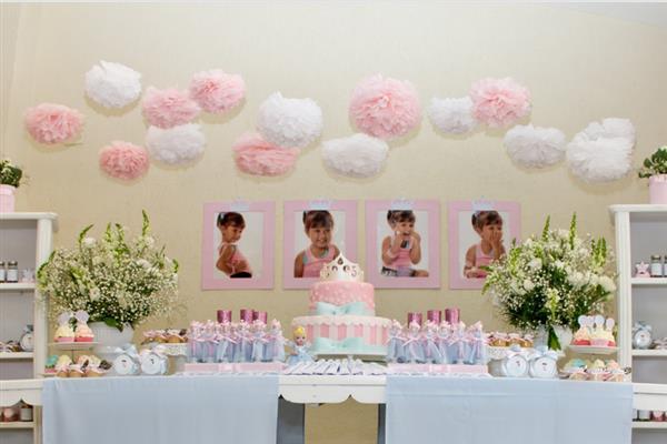festa infantil com flores de papel