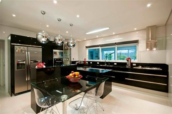 cozinha preta simples