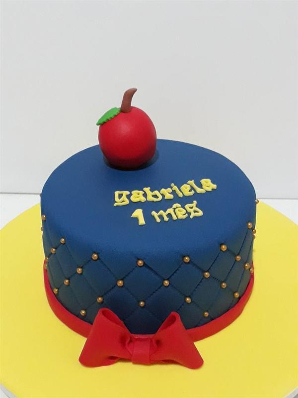 bolo 1 mês