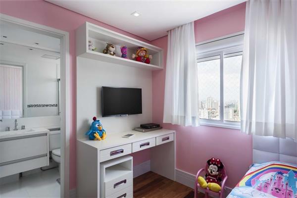 quarto de criança rosa