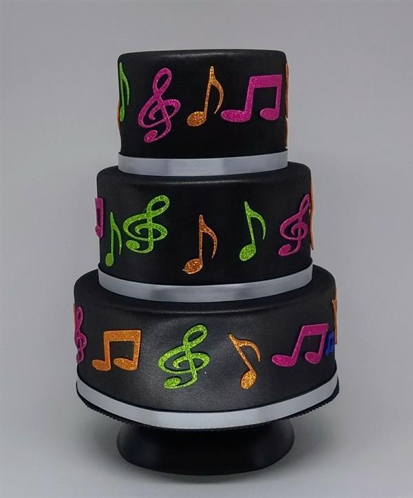 bolo notas musicais coloridas