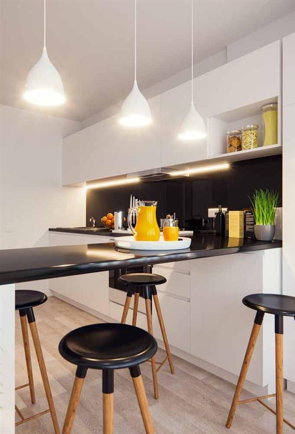 cozinha com balcão preto