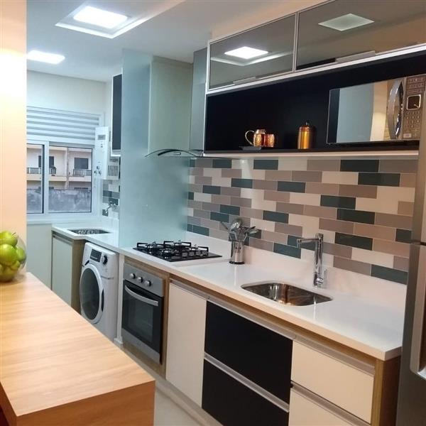 cozinha corredor tijolinho