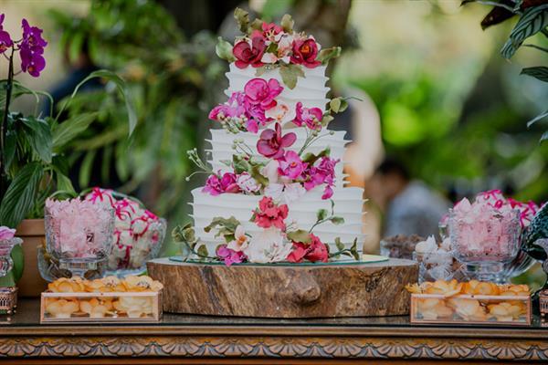 bolo de casamento 2020