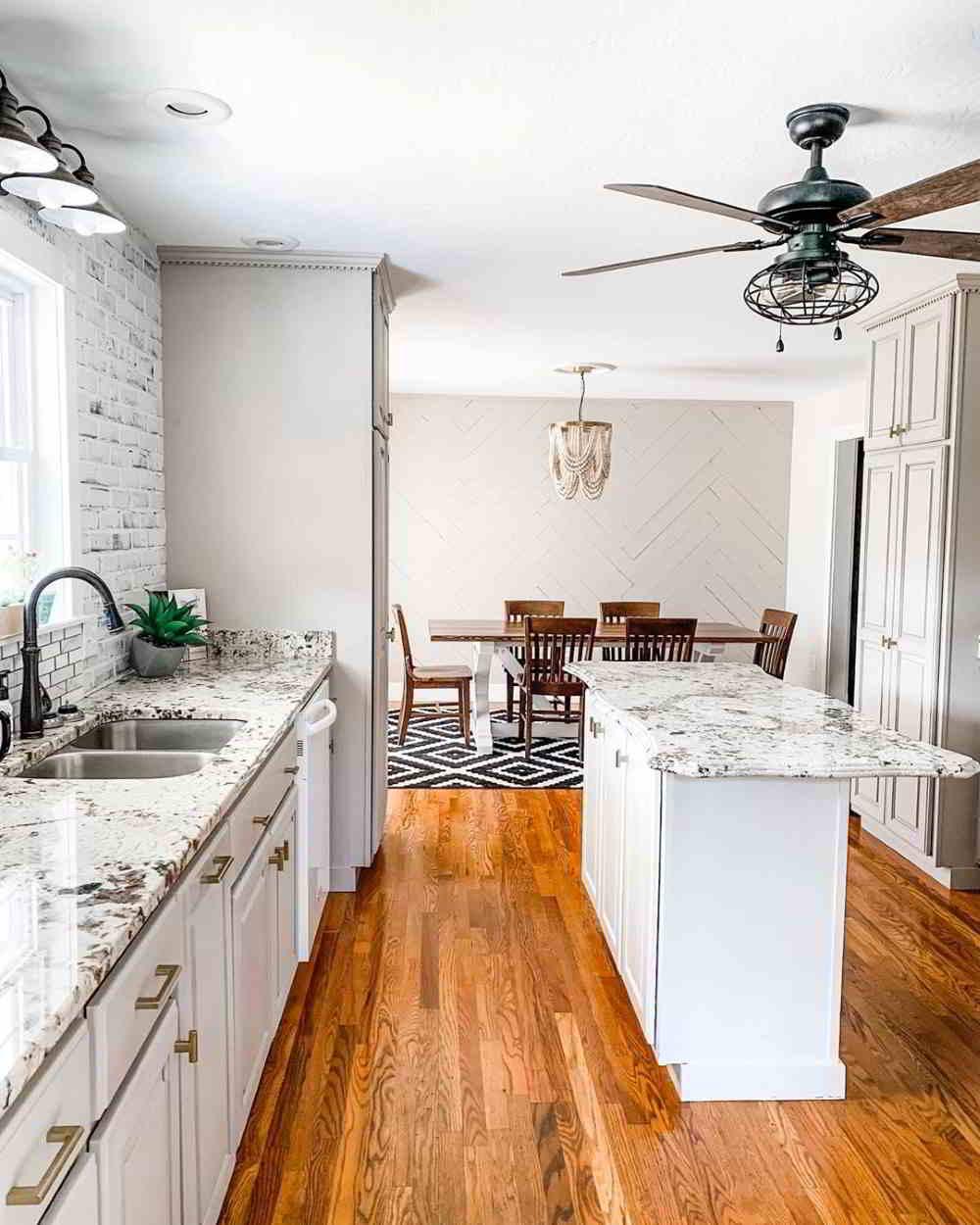 cozinha em mármore branco chique