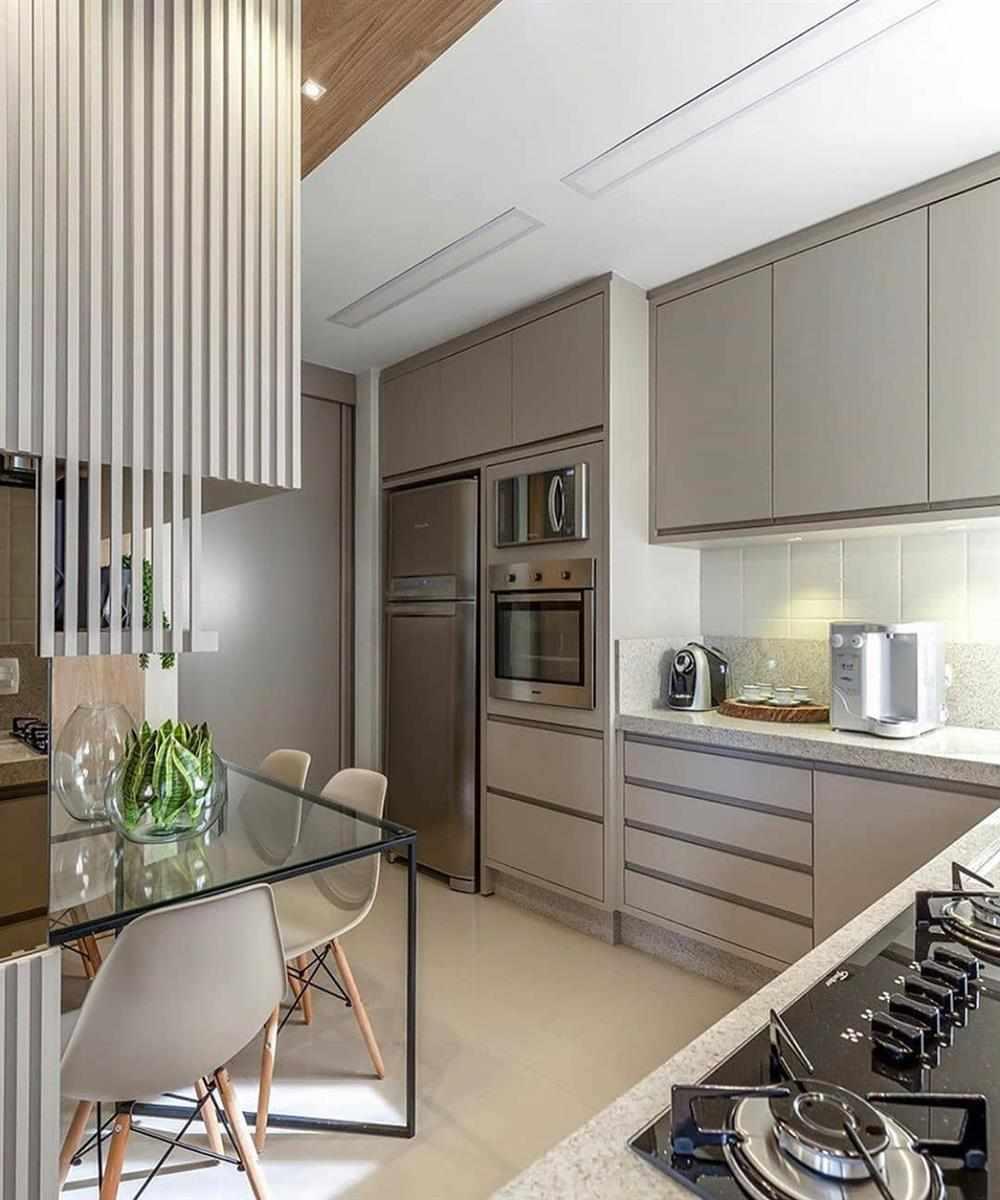 cozinha com armários neutros