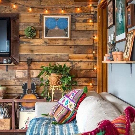 parede de madeira na varanda