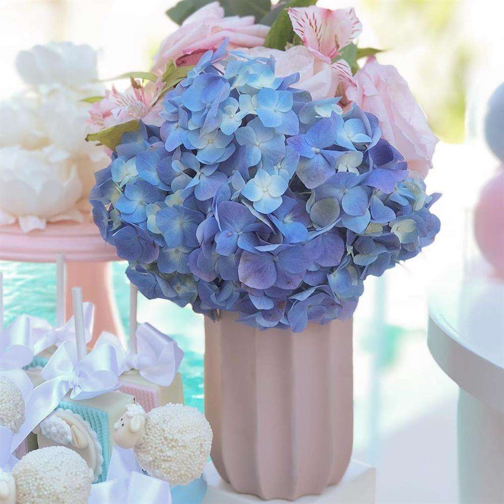pequeno arranjo de flores