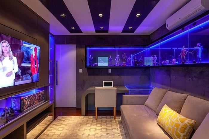 sala de cinema residencial de luxo
